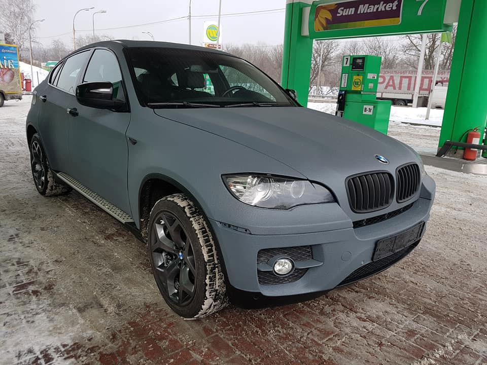 Защита кузова кроссовера BMW X6 полимерным покрытием Line-X, от сколов, царапин и коррозии