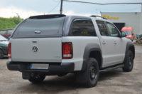 полностью окрашенный защитным покрытием Line-X пикап Volkswagen Amarok