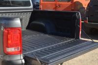 Защита багажного отделения пикапа Volkswagen Amarok полимерным покрытием Line-X, от механических повреждений и коррозии