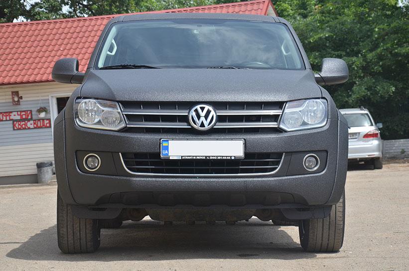 Защита кузова Volkswagen Amarok полимерным покрытием Line-X от механических повреждений и коррозии