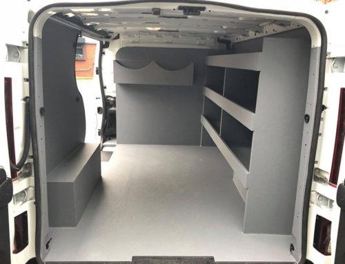 Полки для хранения в Line-X для грузового фургона