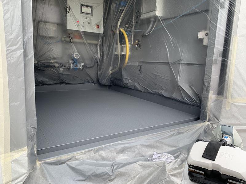 Защита железных полов контейнера покрытием Line-X