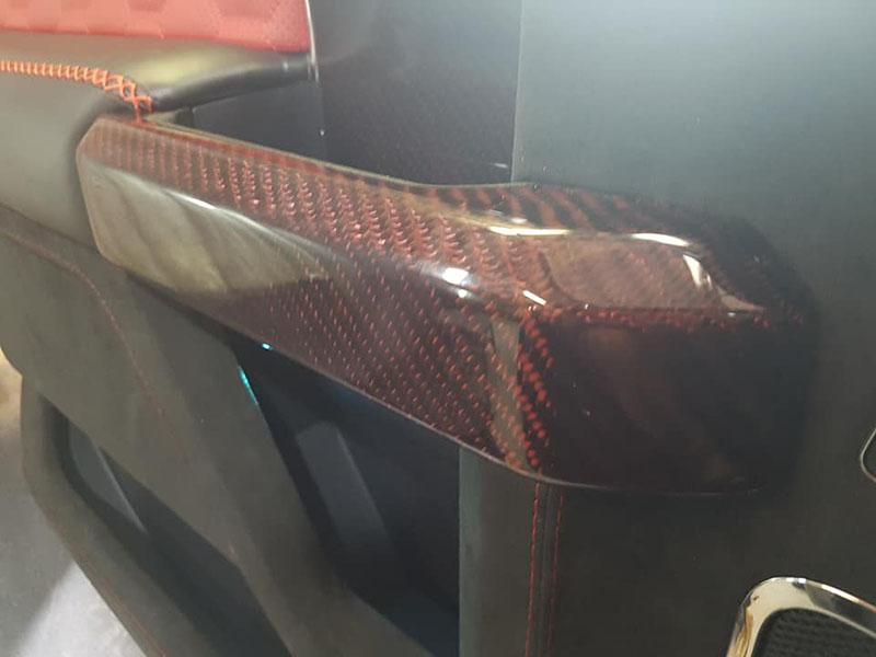 Мелкий ремонт защитного покрытия Line-X на мощном Ford Shelby