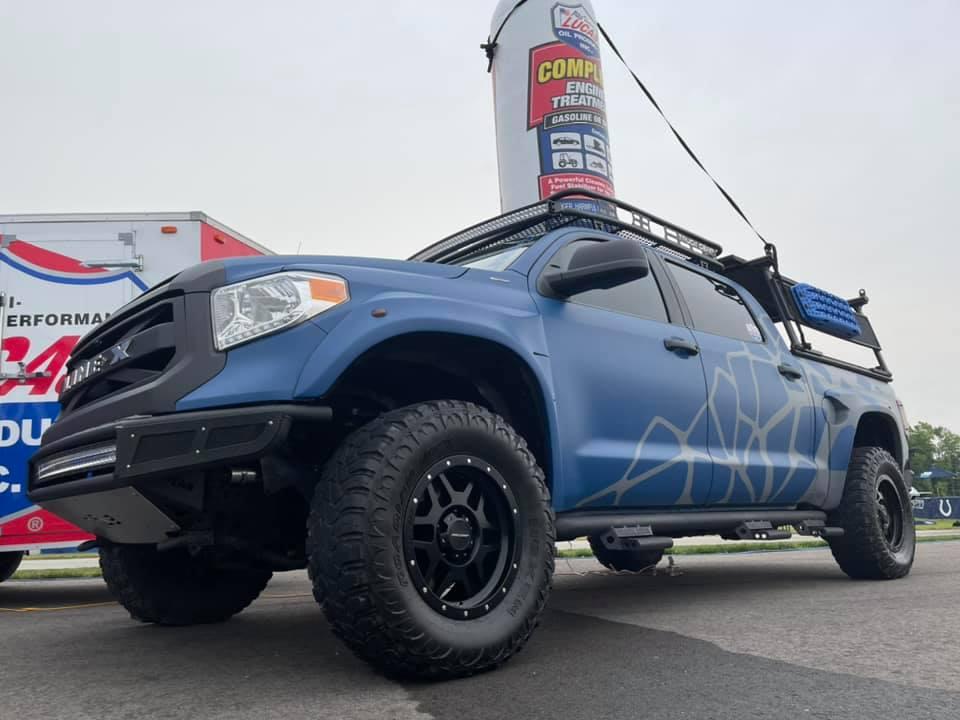 С Line-X автомобиль превращается в настоящий шоукар