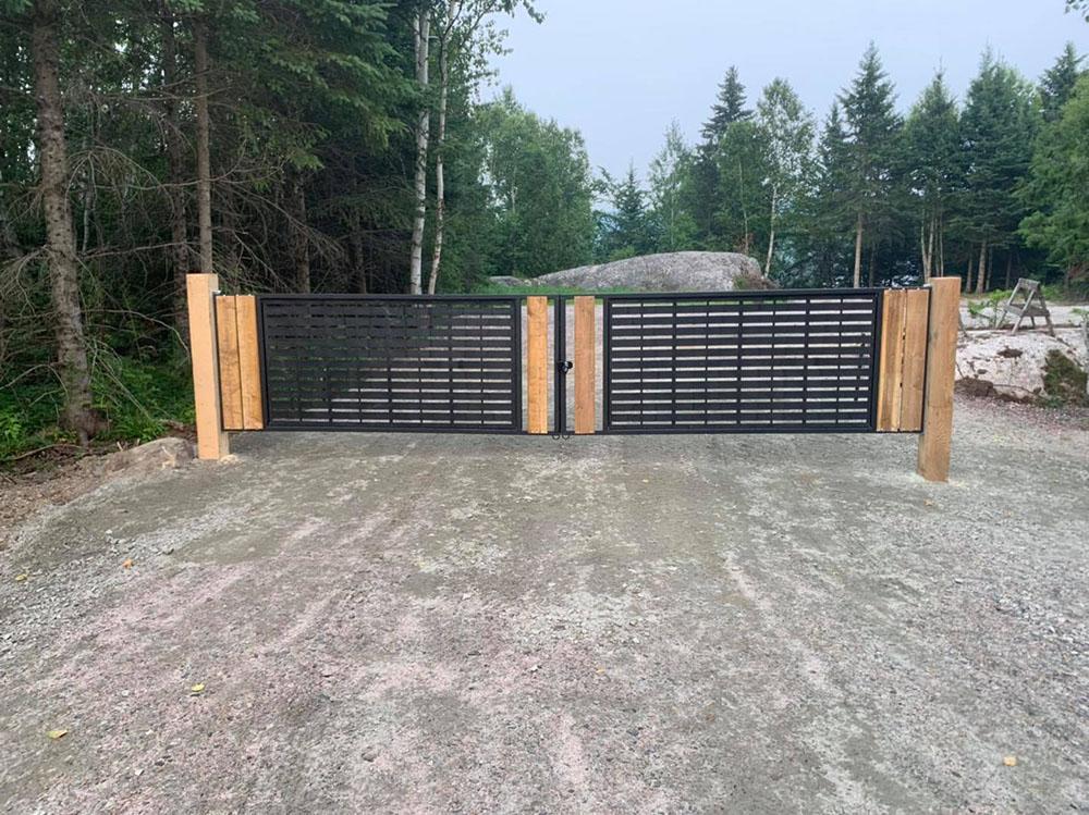 Защита ворот и заборов от ржавчины полимерным покрытием Line-X