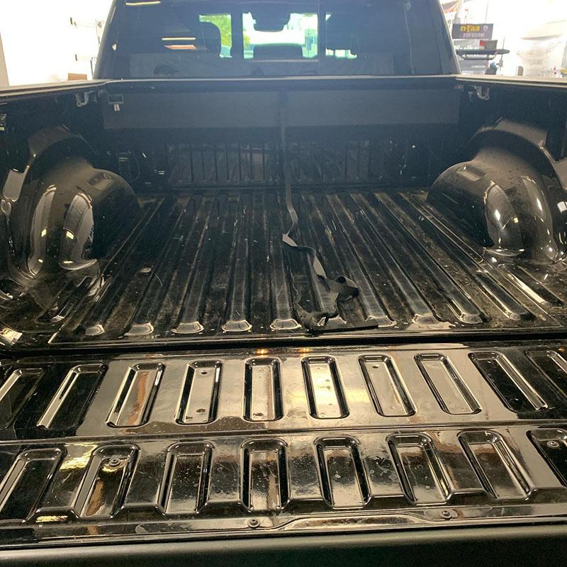Защита багажного отделения покрытием Line-X: надежно и красиво