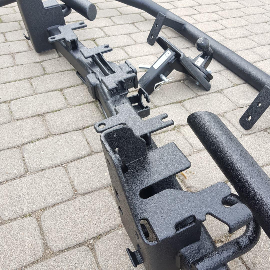 Надежная защита навесных аксессуаров полимерным покрытием Line-X