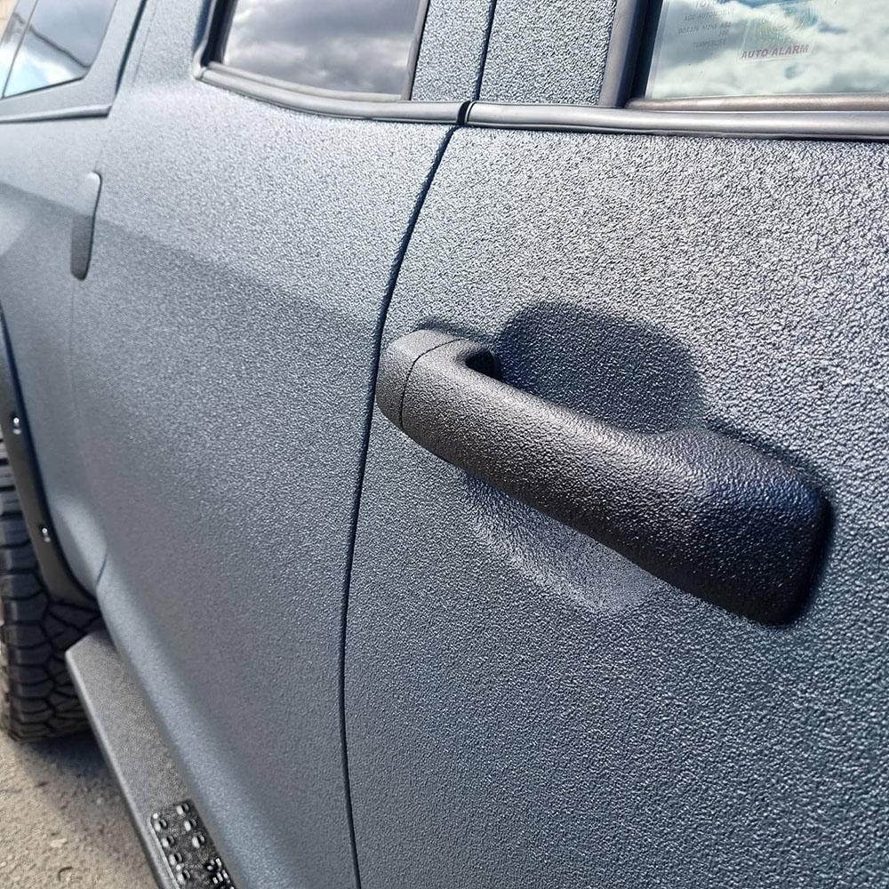 Toyota Tundra Devolro – отрастила новую прочную «кожу» из Line-X