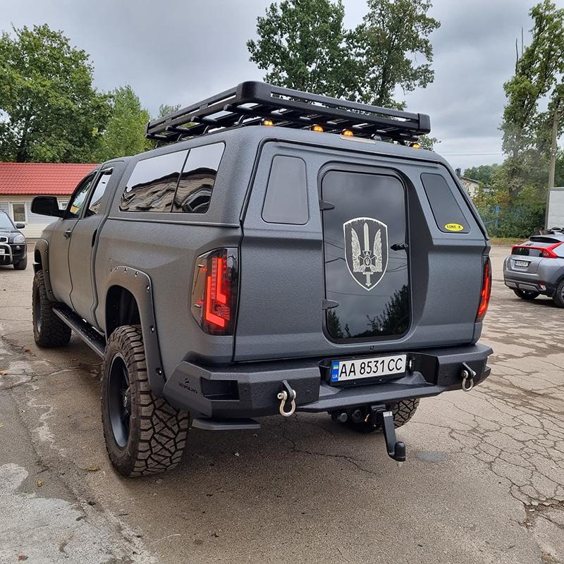 Замена оптики и защита кузова Tundra Devolro полимерным покрытием Line-X